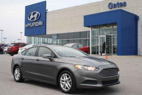 2014 Ford Fusion SE w/Pwr Seat & Rearview Camera